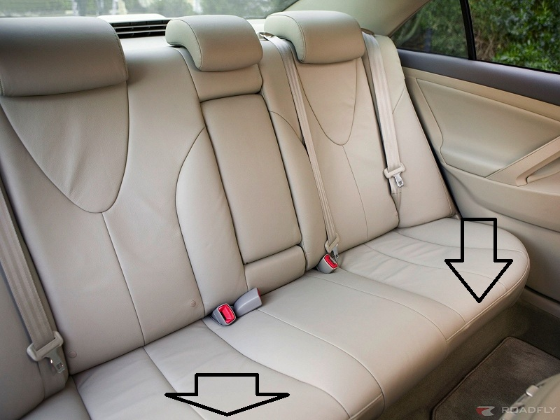 how do i remove then rear seat squab