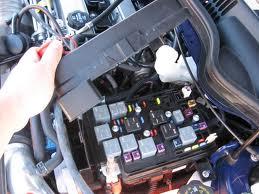 2007 chevy cobalt under hood fuse box efcaviation 2007 chevy cobalt under hood fuse box 2005 chevy cobalt my horn fuse block sciox Gallery