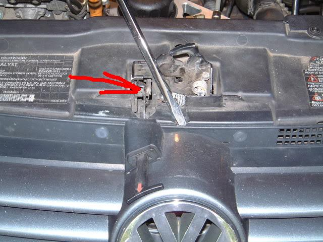 Ok You Are Trying To Reach Your Hand In Between The Hood And Radiator Support I Pointed What Re Grab This Picture
