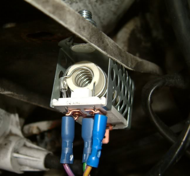 Where Is The Heater Resistor On My 2000 Mk5 Transit And It Easy Rhjustanswer: Ford Transit Connect Blower Motor Resistor Location At Gmaili.net