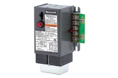 Can you hook up two thermostats to one furnace