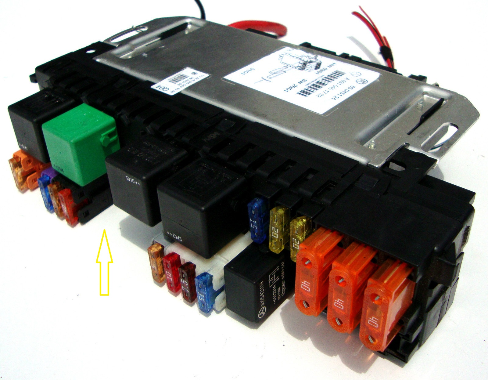 how many fuse boxes are there in merceseds s500 and where fuse diagram for 2004 mercedes c230 fuse diagram for 2000 mercedes s430