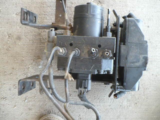 07 international 4300 dt466  has brake pressure light on