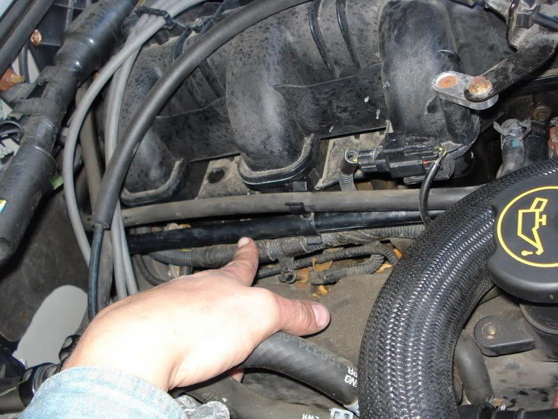 2003 ford explorer v6 oxygen sensor location