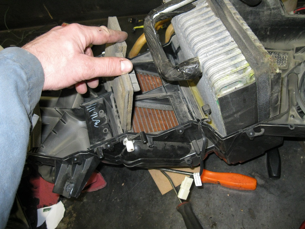 Img on 2000 Jeep Wrangler Parts Diagram