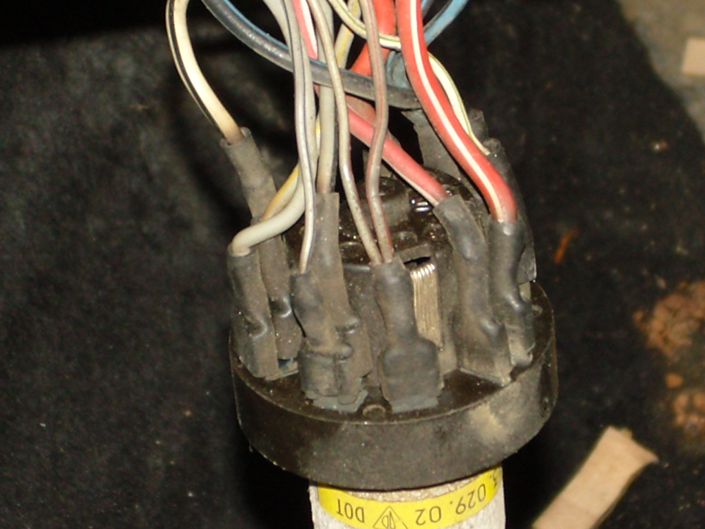 Can You Show Me The Correct Wiring Pattern For A Headlight Switch On A 1987 911 Carrera