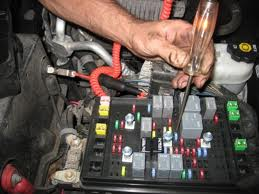 2012-05-14_235628_fuse_test Where Is The Fuse Box On A Jeep Wrangler on