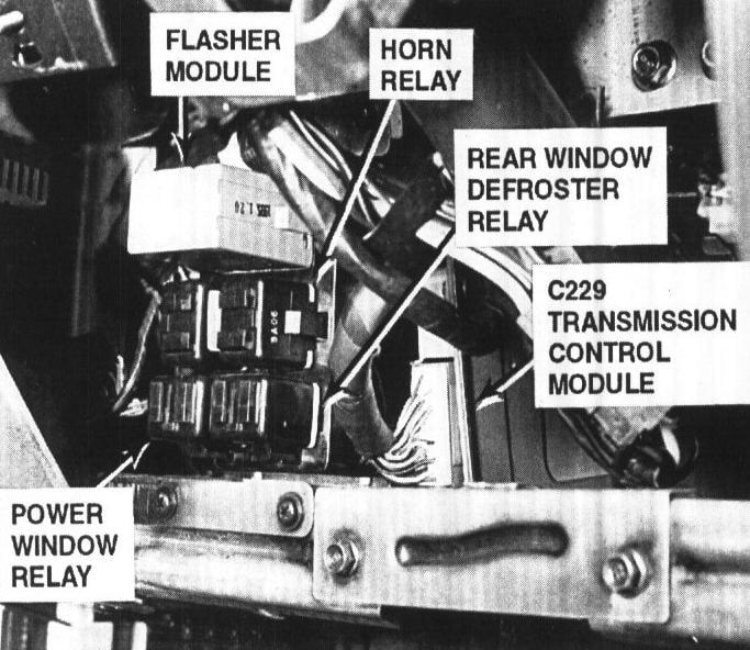 Suzuki Swift Wiring Diagram further 3b208 Location Relays 1999 Kia Sportage Hazzards furthermore Watch as well 1999 Kia Sephia Wiring Diagram further 2007 Lincoln Fuse Box 2007 Free Wiring Diagrams In 2003 Lincoln Navigator Fuse Box Diagram. on 1999 kia sportage fuse box